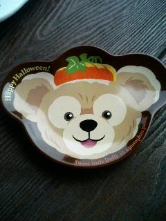 ダッフィーのハロウィンの限定お皿